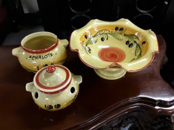 3 yellow bowls with 1 lid
