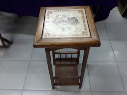 Small hight table