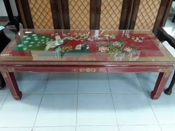 Beautiful Chinese laqured table