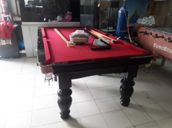 Pool table with Acc 4x8 fit