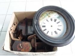 Job lot of clocks