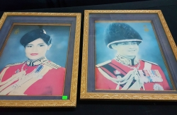 King Rama 9 & the Queen framed