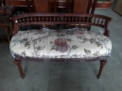 Italain stool 2 seaters size 116x53x68 cm.
