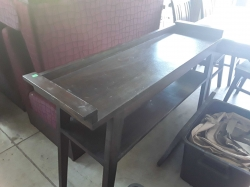 Consold table