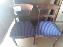 2x antique chairs (89)