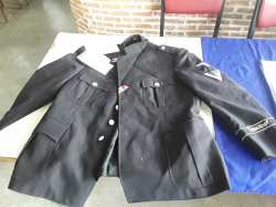 SS Officer WW2 famous Totenkopf division jacket with honor  insignia