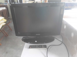 Samsung TV 22inch with Remote